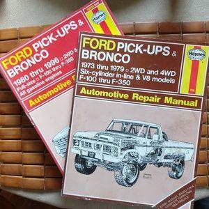 Vintage Haynes Auto Repair Manuals (2)